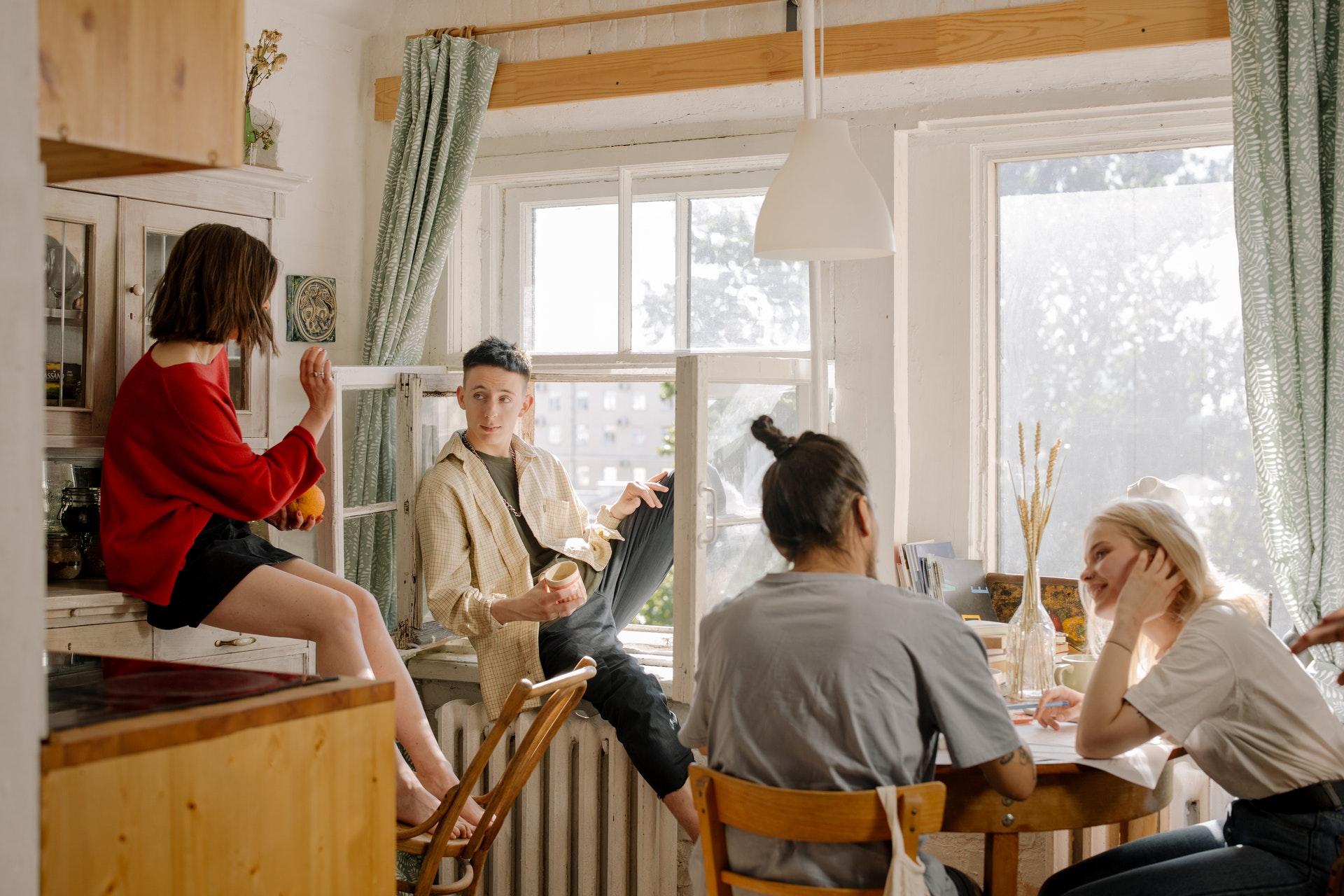 Illustration de l'article Colocation entre amis quels sont les avantages ?