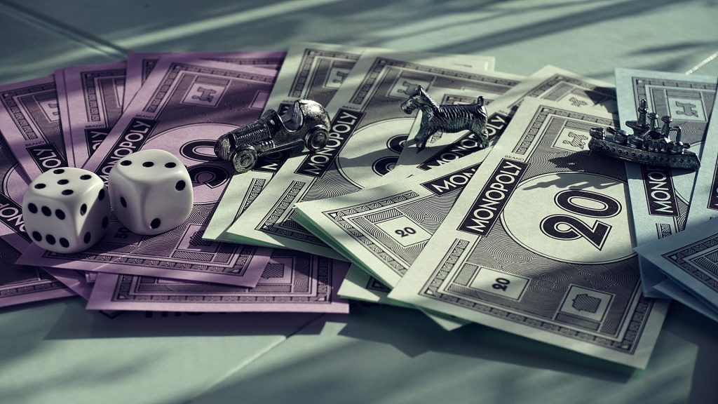 Illustration de l'article 5 jeux indémodables entre amis monopoly