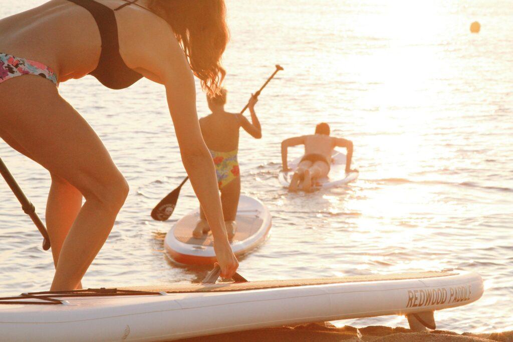 Illustration de l'article Faire du sport entre amis paddle